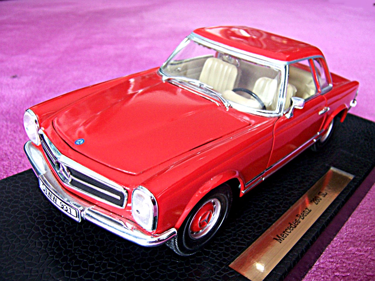 Mercedes 280 SL Coupe rot 1968
